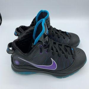 Nike Lebron  black purple size 4.5y 6wmns.